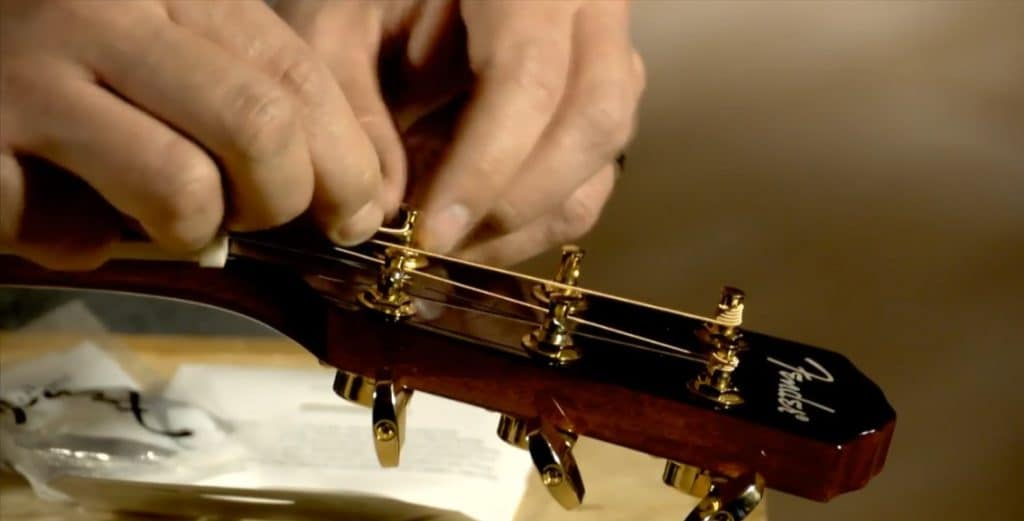 How to install guitar strings