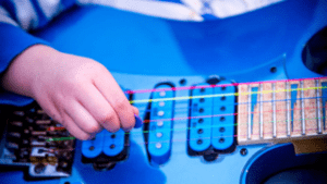 Beginners Guide to Guitar Practice  YourGutiarGuide.com Post Picture